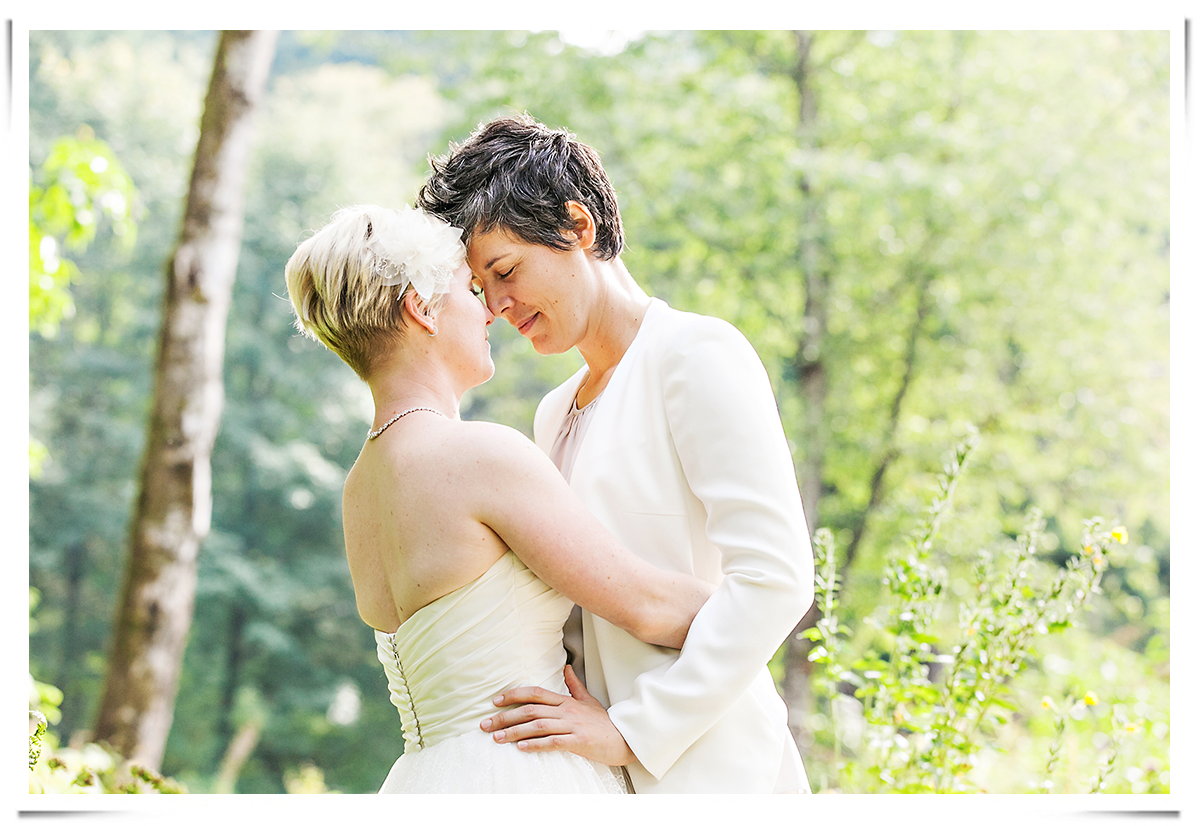 same-sex-wedding-photography-10.png
