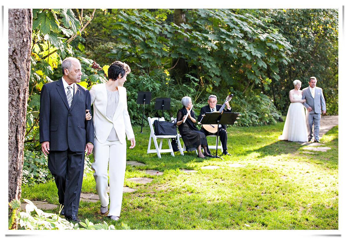 same-sex-wedding-photography-14.png