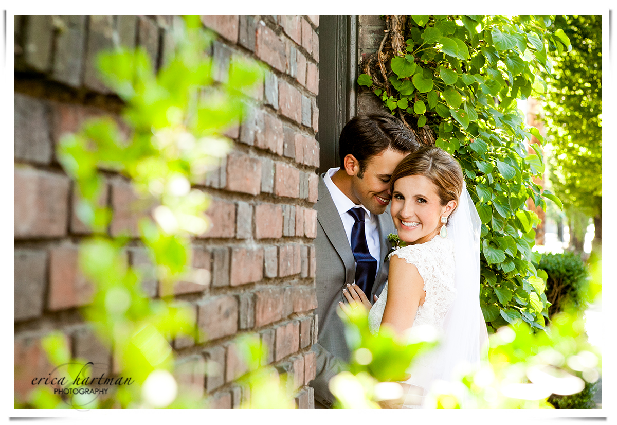 Beautiful wedding pictures in the Pearl District of Portland by Castaway Portland.